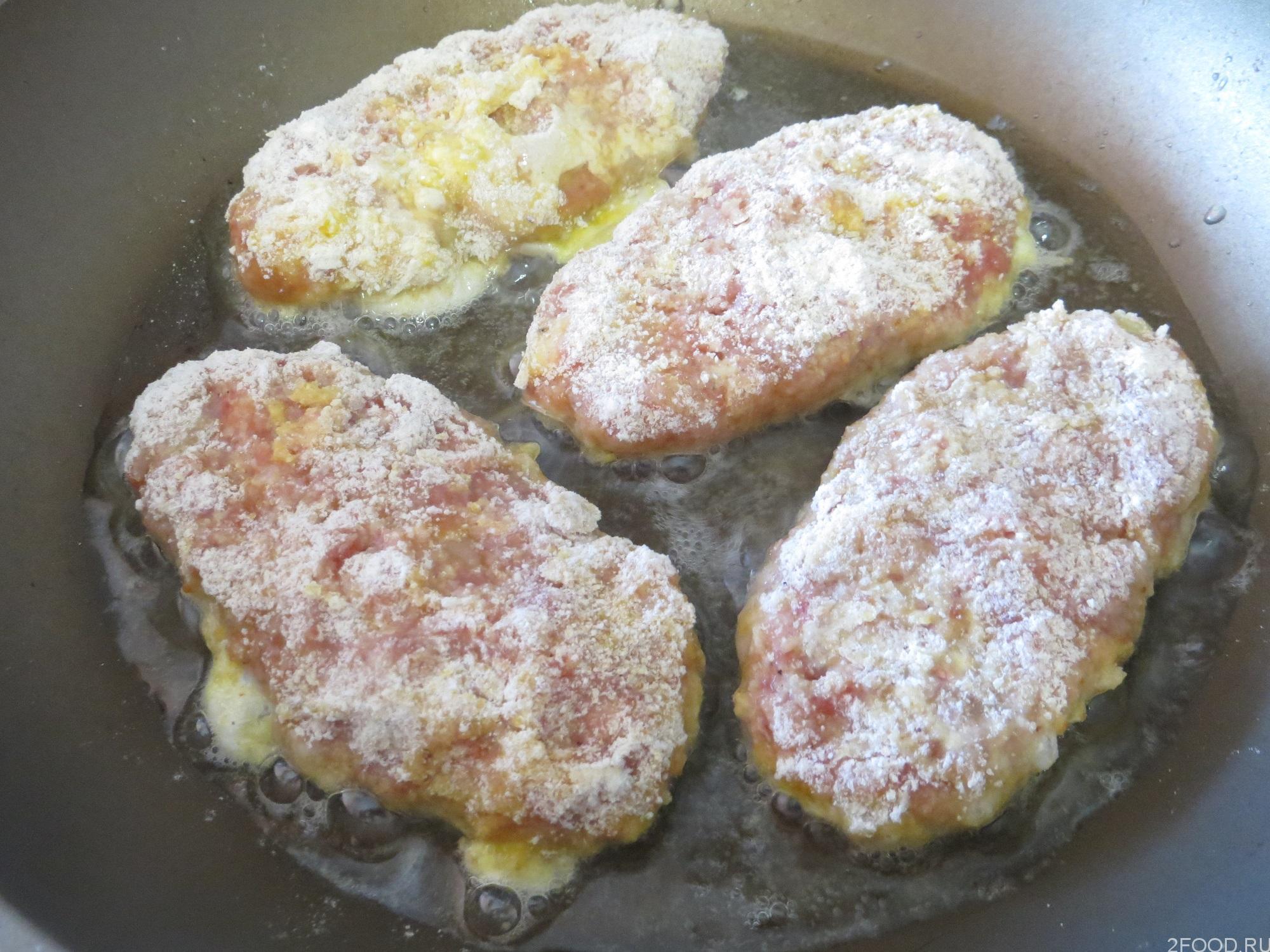 Котлеты из фарша свинины рецепт пошагово